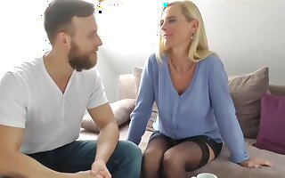 My Best Friend's German Mom with Big Clit Let Me Cum in Her Pussy