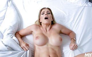 Mommy gets fucked in the pussy missionary style