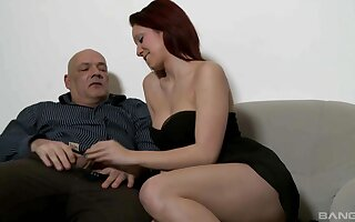 Cute babe wants this older man's big dick in her fanny