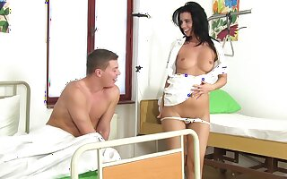 Sex starved nurse takes good be concerned of her patient with an increment of Vicky Love is so excellent
