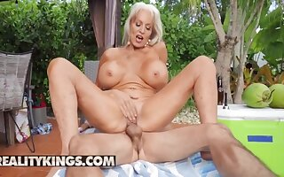 Ricky Spanish Fucks Sally Dangelos Mature Pussy By The Pool