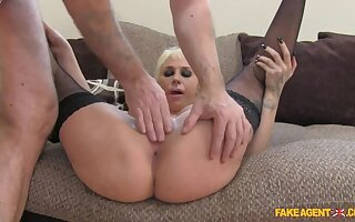 Morose Spanish Beauty Shows She Knows How To Properly Fuck Agent